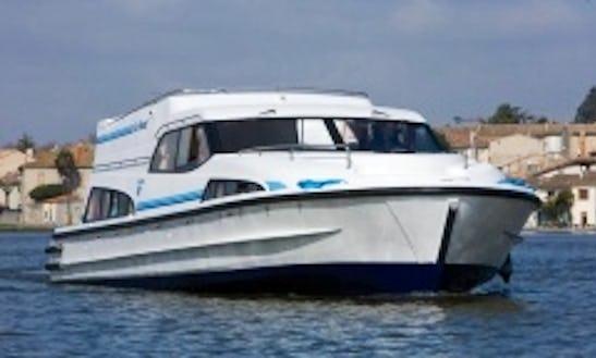 12 Person Motor Yacht Houseboat In Oberhausen, Germany