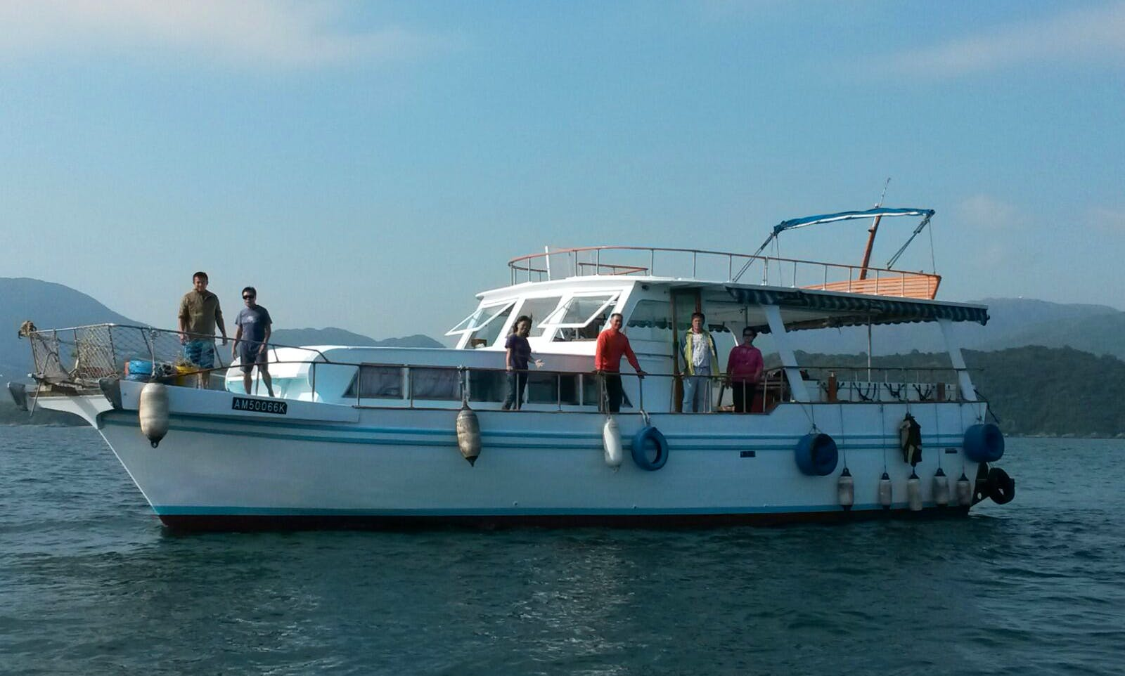 "Unforgettable Diving Trips in Wan Chai, Hong Kong on ""Adventure III"" Boat"