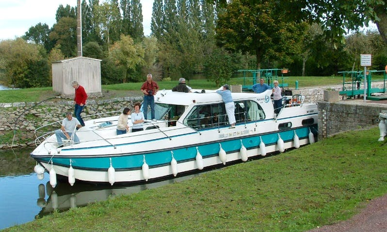 Charter a 44ft Motor Yacht in Saverne, France for €2,296 per week