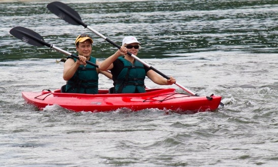 Tandem Kayak Rental & Trips In The Shenandoah River