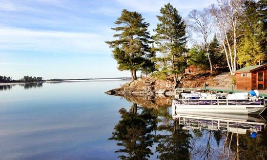 Rent Deluxe Fishing 90hp Pontoon Boat In Voyageurs National Park - Lake Kabetogama, Mn