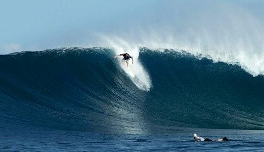 Learn Surfing On Nusa Lembongan