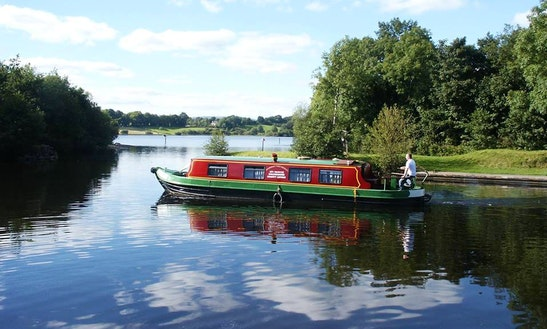 'emer' Folk Barge Hire In Leitrim