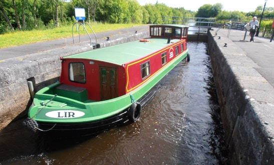 'lir' Folk Barge Hire In Leitrim