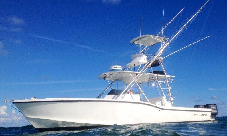 33' Sport Fisherman Ocean Master in Dania Beach, Florida