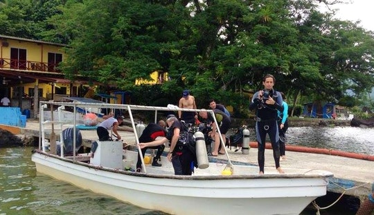 Passenger Boat Rental In Bella Vista, Panama