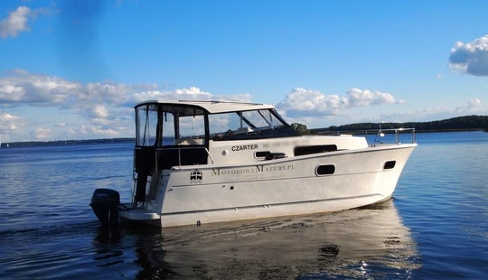 Hire The Nautica 830 Houseboat In Giżycko
