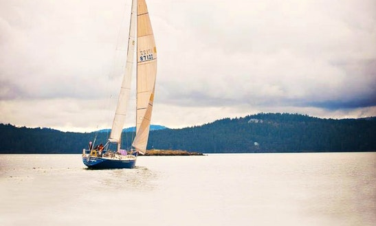 50' Cruising Monohull Charter In Eastsound, Washington