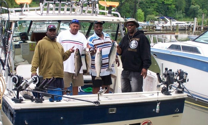 30' Baha Weekended Fishing Charter in Irondequoit