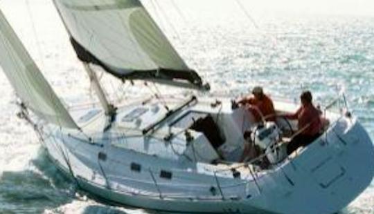 Harmony 38 Q Cruising Monohull Rental In La Foret-fouesnant, France
