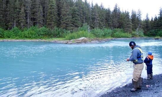 22 39 jon boat fishing charter in palmer alaska getmyboat for Anchorage fishing charters