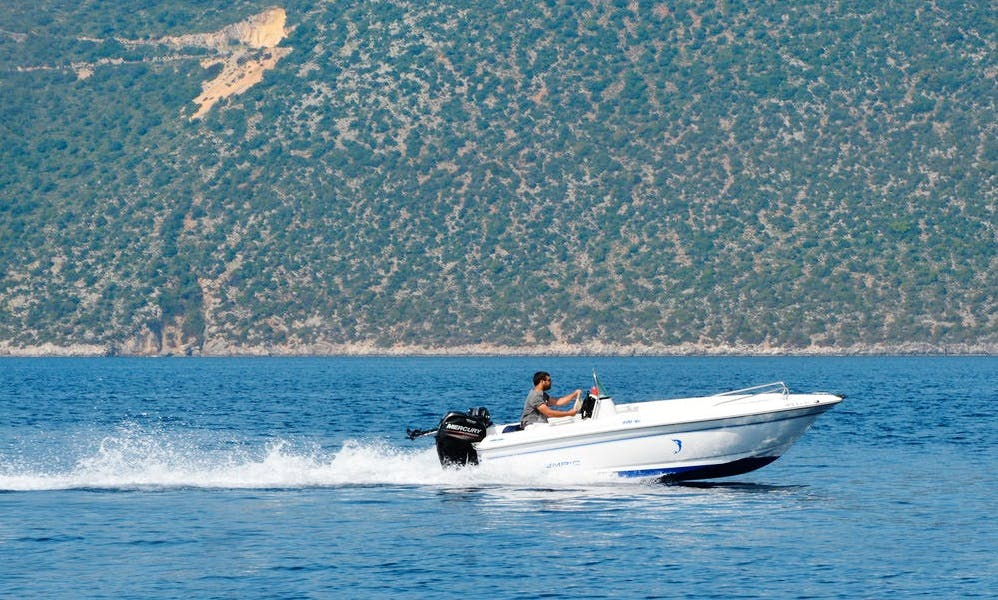 Olympic 490 SX Boat Rental in Ithaki