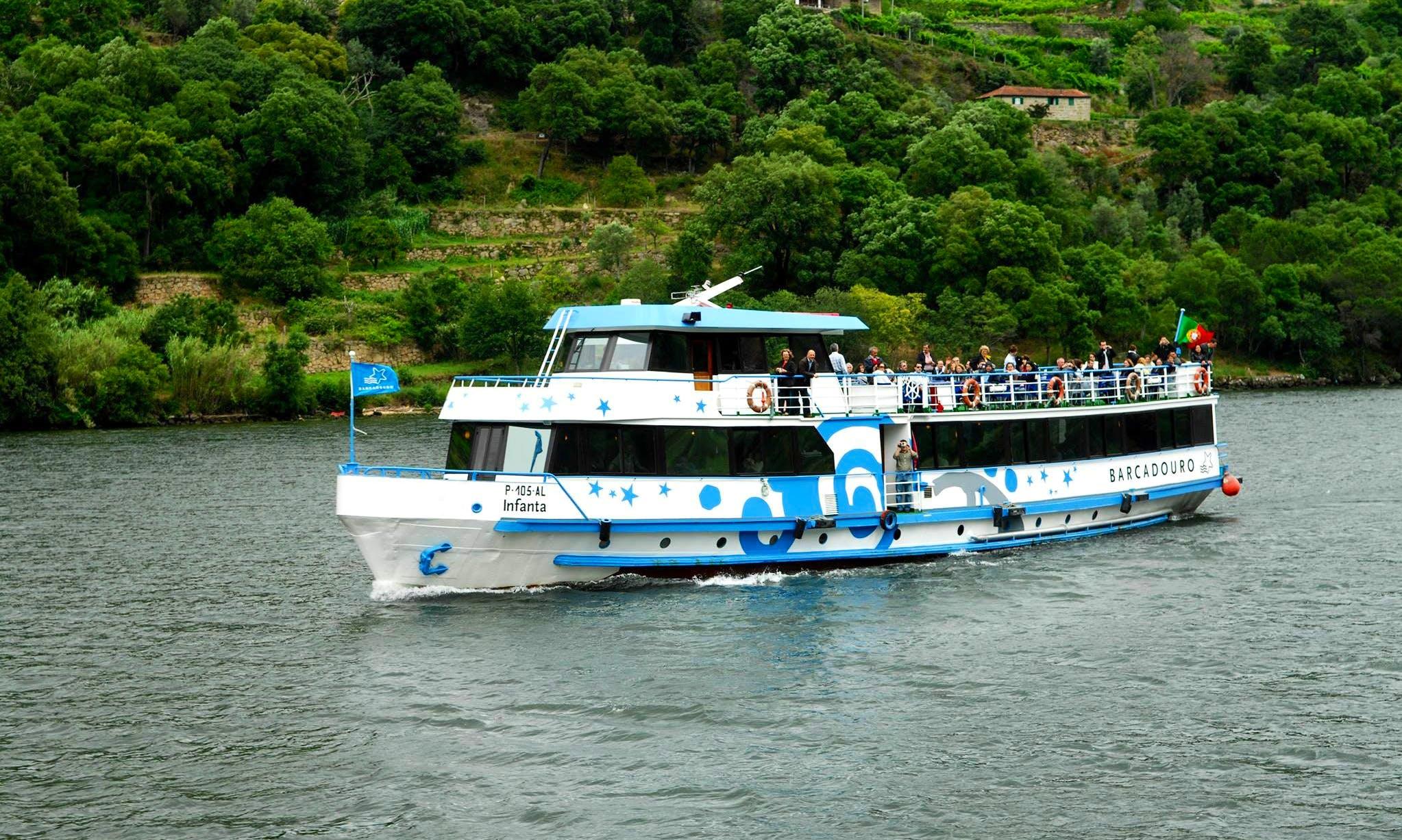 'Infanta' Boat Cruise Trips in Vila Nova de Gaia