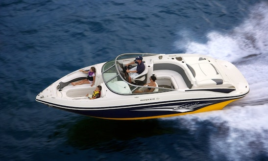 Rinker 246 Br Bowrider Hire In France