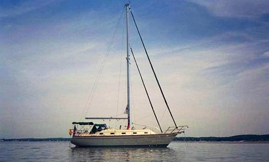Enjoy 39' Island Packet Cutter Sailboat In Charleston, South Carolina
