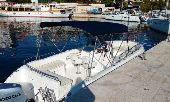Rent Saver 690 Open Boat With Bimini Top In Sumartin, Croatia