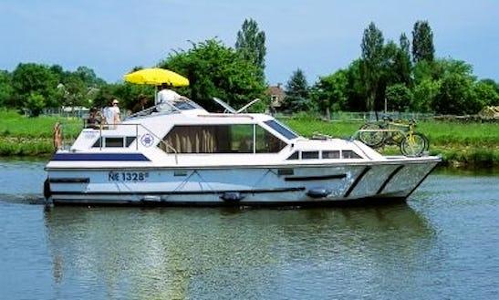 32' Tamaris Riverboat In Egå