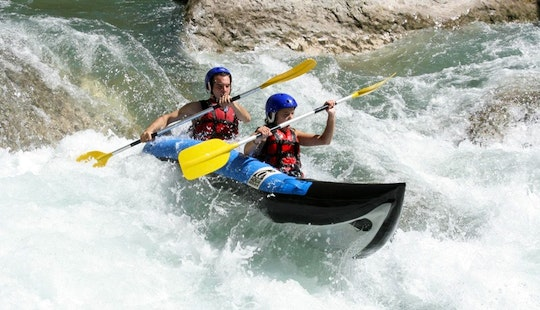Whitewater Canoe Rafting Trip With Professional Guides In Puget-rostang, France