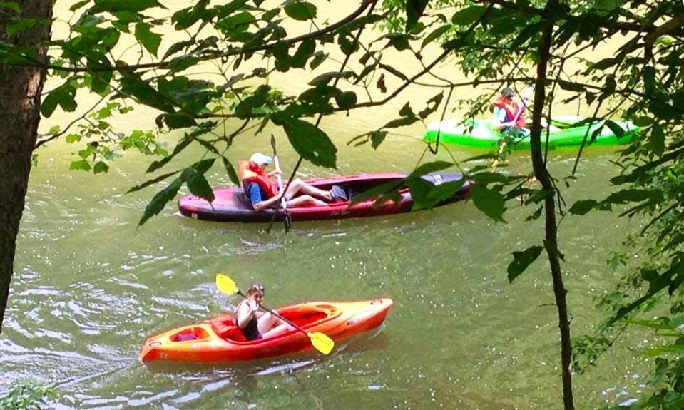 Kayaking Trips to Oxbow Lake in Saint Paul, Virginia