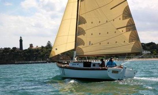 Keel Sailing Boat Tours In Queenscliff