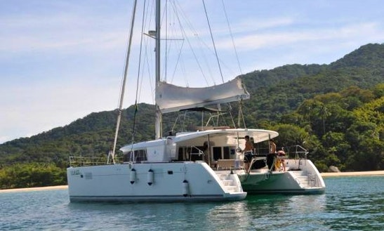 Charter Lagoon 45 In Angra Dos Reis