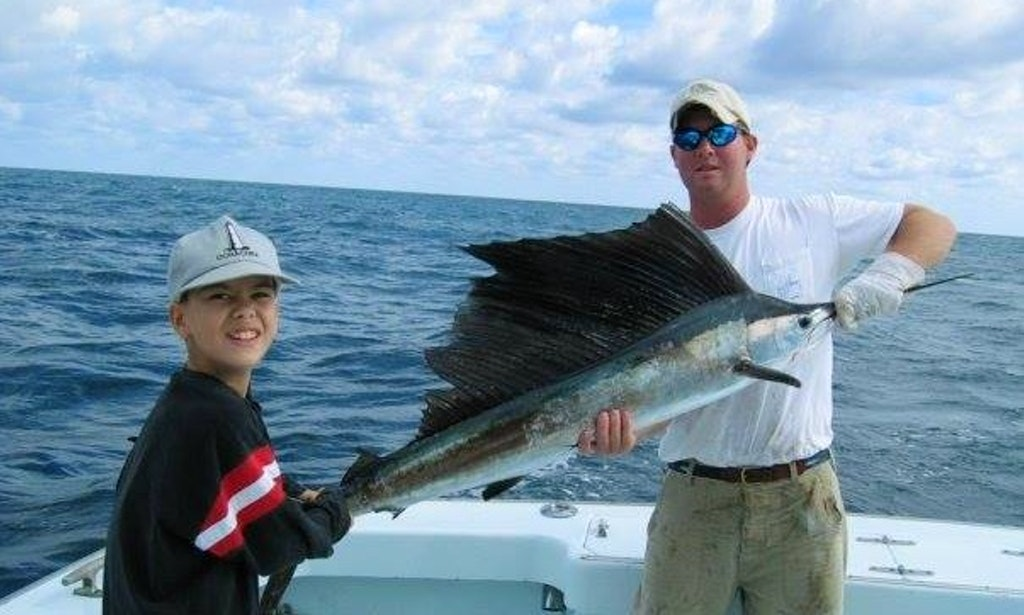 Hatteras fishing charter on 48ft native son sportfishing for Hatteras fishing charters