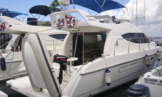 Intermarine 38´ In Salvador, Bahia
