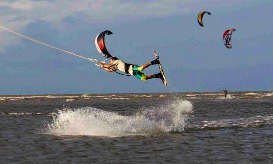 Kiteboarding Lesson In Yorkeys Knob