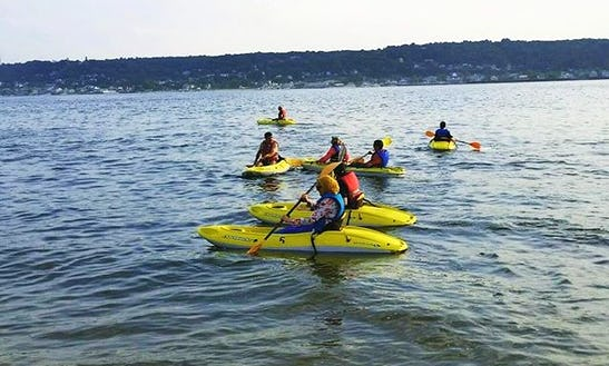 Rent A Single Kayak In Highlands, New Jersey