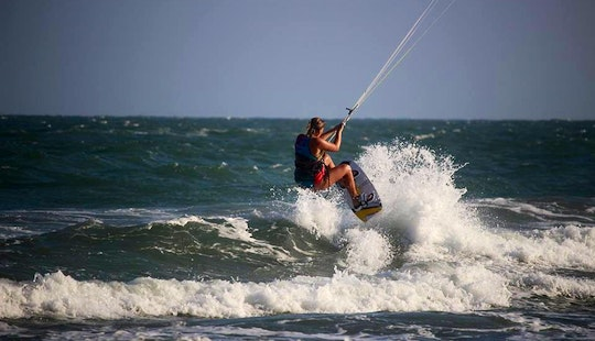Kiteboarding Lessons In Tp. Phan Thiết