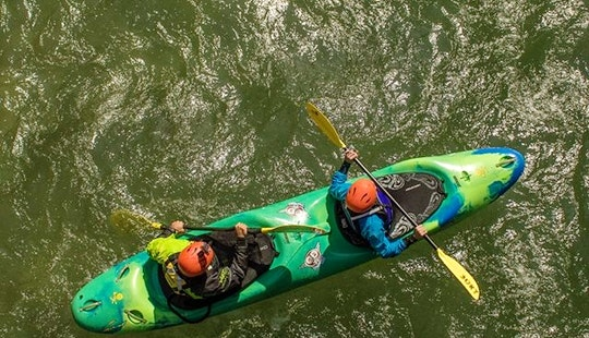 Book A Kayak Courses In Sort, Spain!
