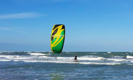 Kitesurf Courses In Lecce