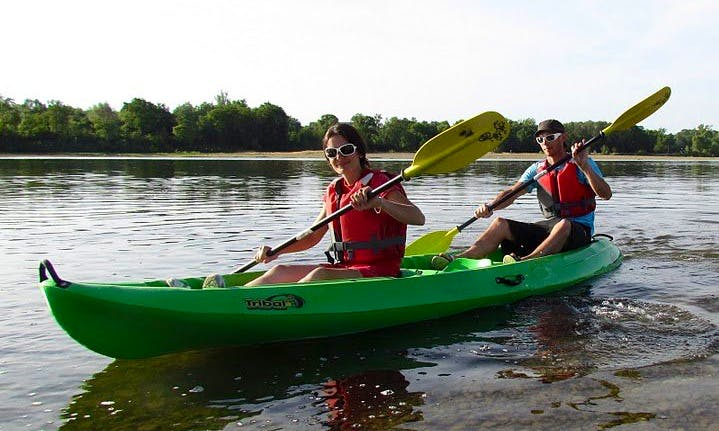 Enjoy Double Kayak Courses in Vineuil, France