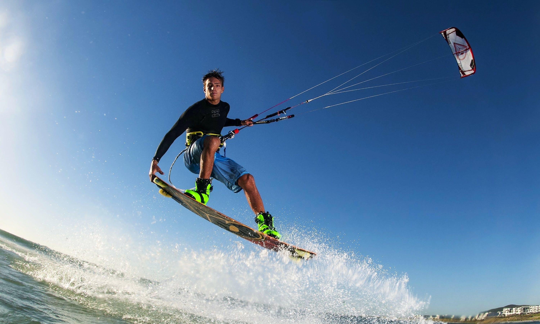 Kitesurfing Lessons in Haifa