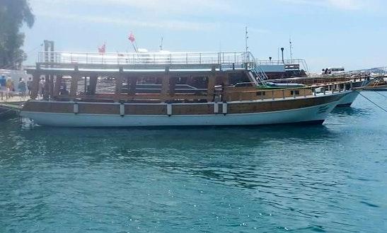 Deniz Kaptani Sightseeing In