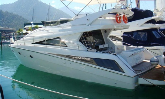 Ferretti 460 Platinum Cuddy Cabin/walk Around Rental In Angra Dos Reis