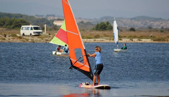 Windsurfing Lesson From April To October In Fleury, France