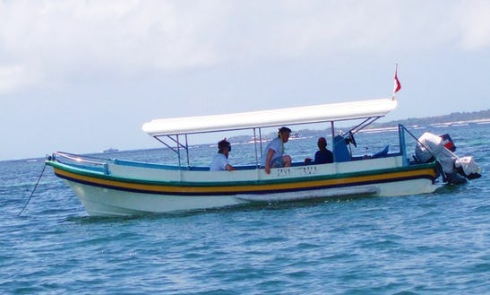 Glass Bottom Boat Tour In Kuta