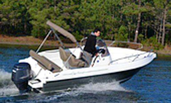 Cap Ferret 572 Deck Boat Rental In Hourtin, France