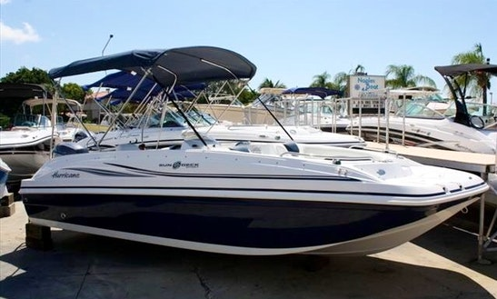 Charter 20' Deck Boat Hurricane Sundeck Sport Ss 201 Ob In Dania Beach, Florida
