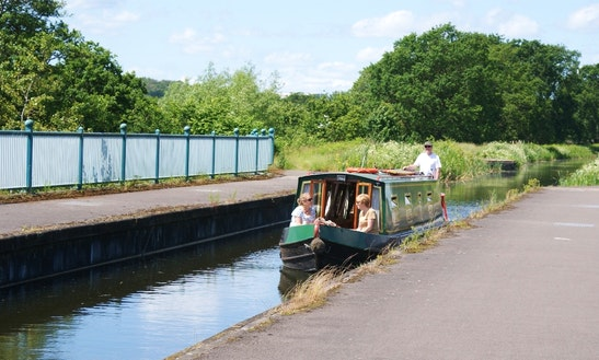 Hire 40' Narrowboat