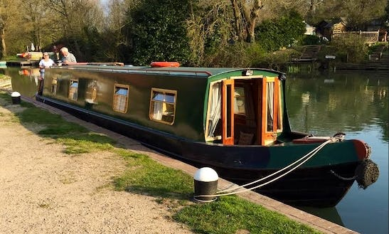 Hire The 56' Narrowboat