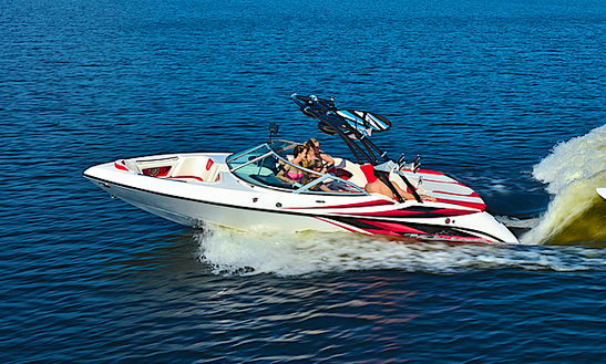 22' Tournament Bowrider Boat Rental In Central Okanagan H