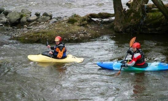 Single Kayak Lessons In Llangollen