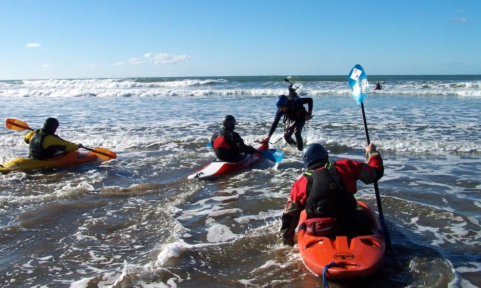 Single Kayaking Lessons in Bude