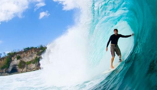 Surf Lessons In Kecamatan Gianyar