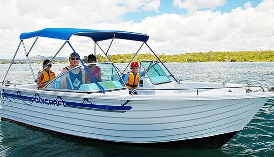 Bowrider Hire In Noosaville, Queensland - Australia