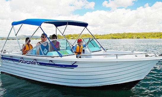 Bowrider Hire In Noosaville, Queensland - Australia