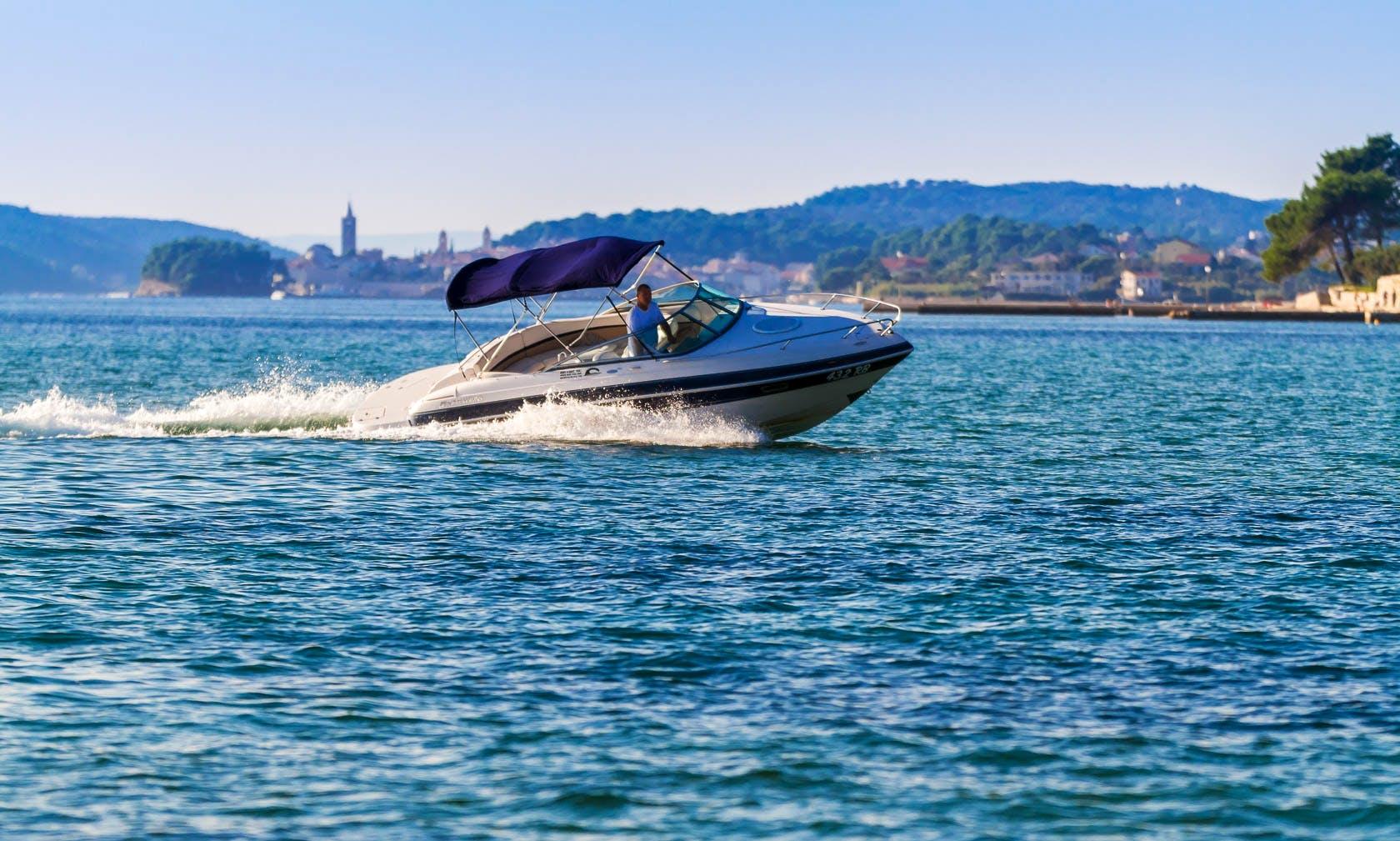 Four Winns Boat Hire in Rab