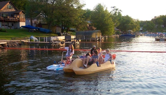 Book A 4 Passenger Pedal Boat In Bethel, New York